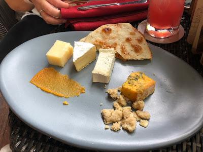 Nomad Lounge food