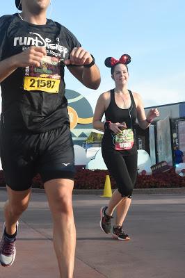 Wine & Dine Half Marathon race photos
