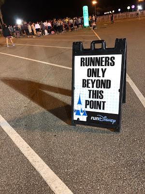 runDisney sign
